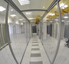 Zabudowa zimnych korytarzy